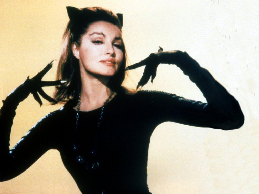 http://4.bp.blogspot.com/-_HmTtuh0Xf8/T_957XCK4YI/AAAAAAAABPE/XPK_YfXxza8/s1600/Julie+Newmar+Catwoman.jpg
