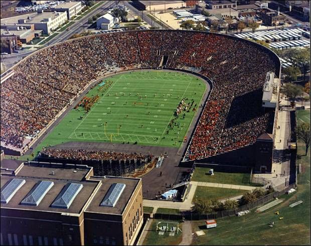 Memorial Stadium - Minnesota