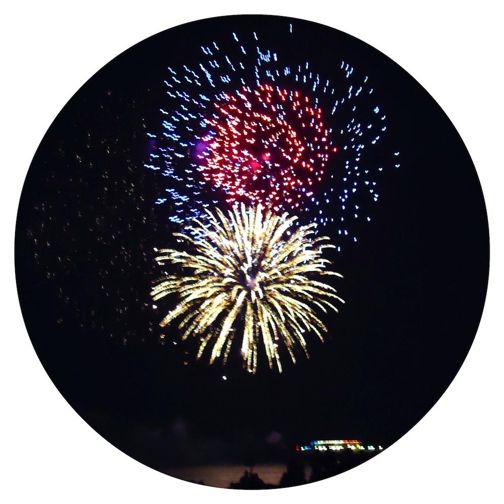 Fireworks over Worthing Pier, Tide of Light 2014