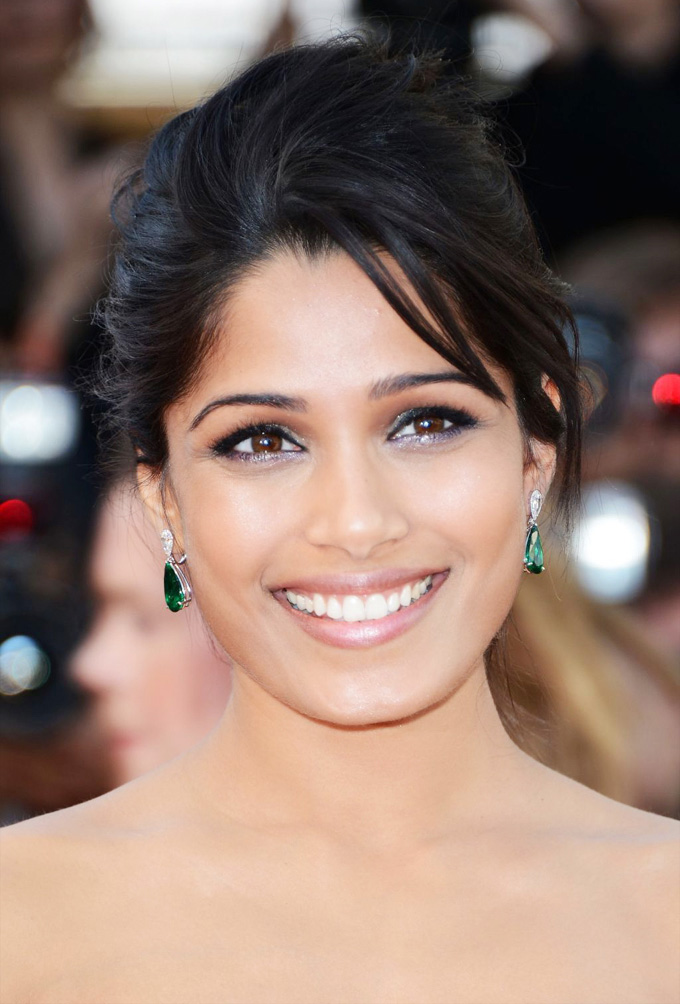 Actress Freida Pinto Photos