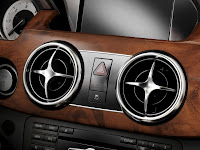 New 2012 Mercedes Benz GLK X204 FaceLift Interior Official High Resolution Image