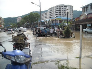banjir kilat di George Town Penang 6 April 2013