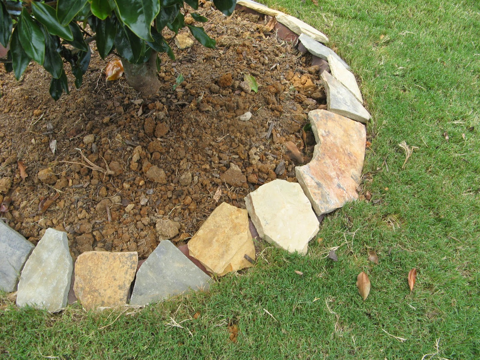 DIY STONE LANDSCAPING BORDER - placing the stones