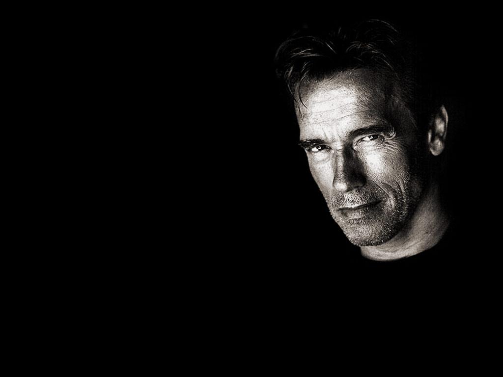 http://4.bp.blogspot.com/-_IFP5ue75k8/T4Z1hpo5roI/AAAAAAAAB1Y/T_FnL-cY4OE/s1600/Arnold-Schwarzenegger-08.jpg