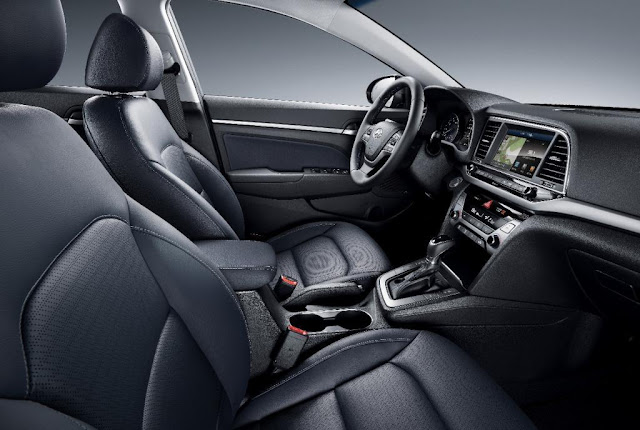 Novo Hyundai Elantra 2016 - interiior