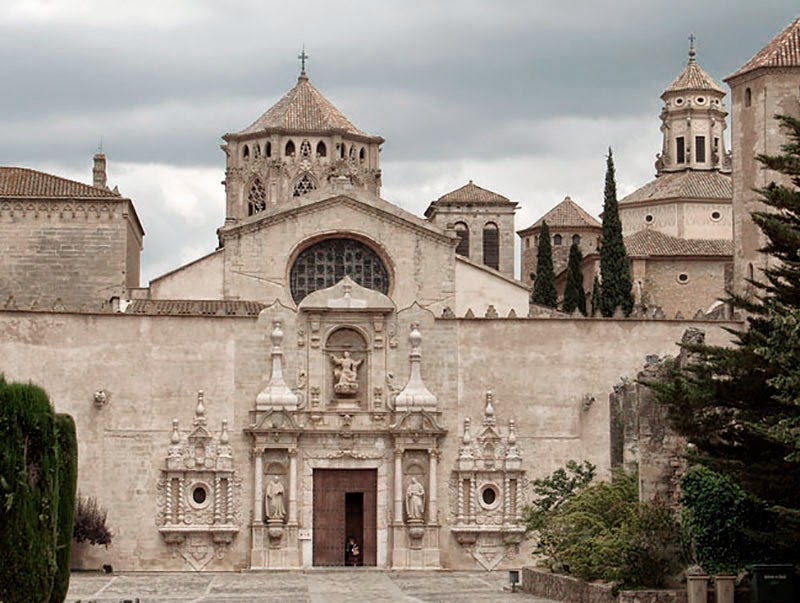 Hoteles conventos de espa a un viaje espiritual por la - Hoteles modernos espana ...