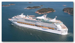 Royal Caribbean's Explorer of the Seas Encounters Rough Seas