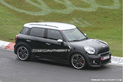 2012-mini-countryman-john-cooper-works-spy-shots_100355177_m.jpg