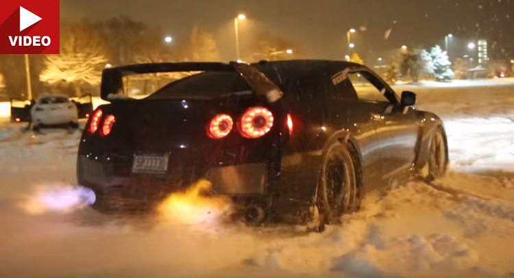Nissan Gtr Snow >> Insane Nissan GT-R Spits Flames In The Snow!