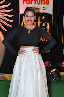 Vishaka Singh sizzling at iifa day 2 025.JPG
