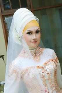 Jilbab Pengantin Modern Terbaru
