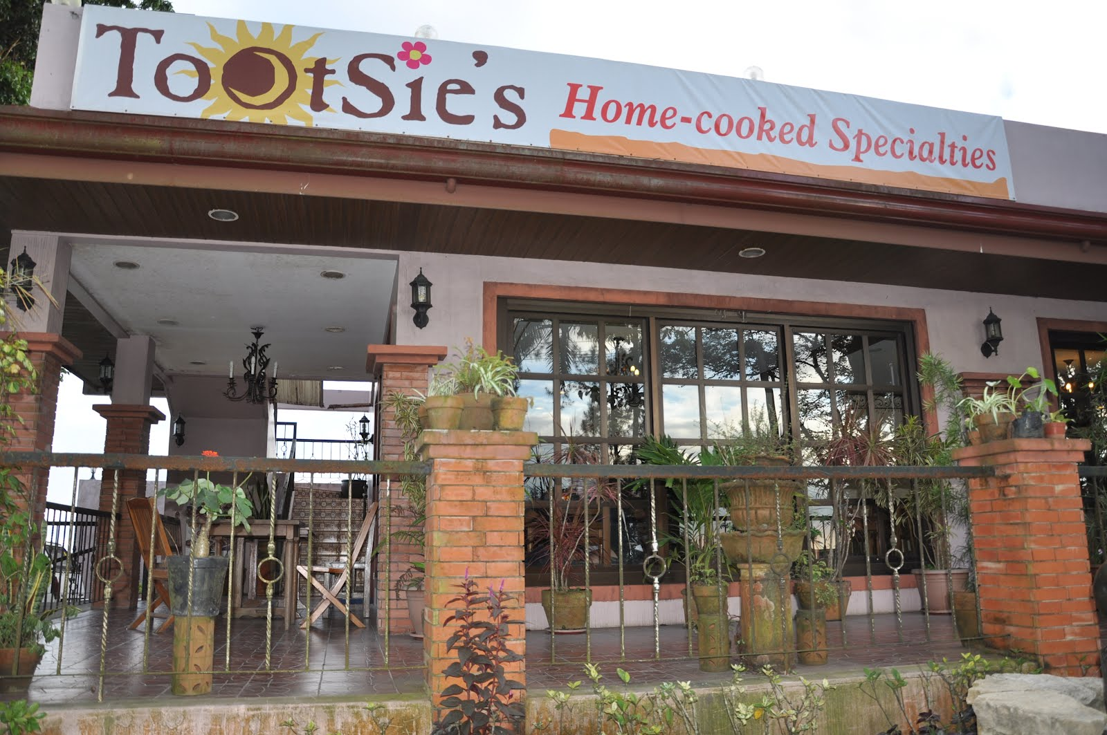 Family Time and More at Tootsies - Occasions of JOY