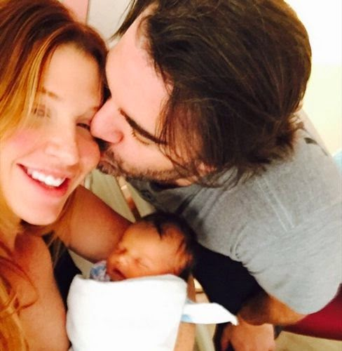 Poppy Montgomery first images of her son Gus