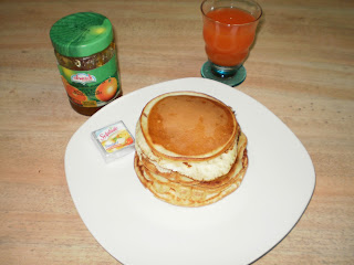 بان كيك - Pancake (سهل ولذيذ) P5280003.JPG