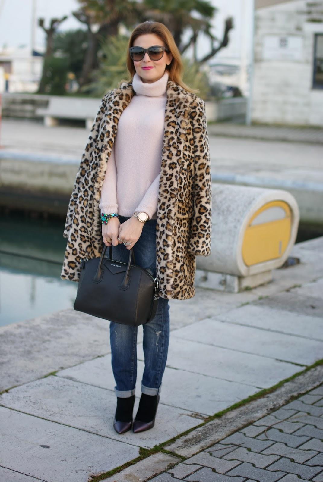 zara leopard coat, leopard faux fur coat, pink sweater, fabi heels, givenchy antigona bag, fashion and cookies, fashion blogger