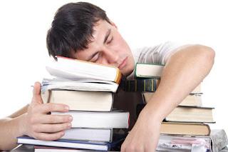 هل النوم القليل يؤدى إلى زيادة الوزن؟!