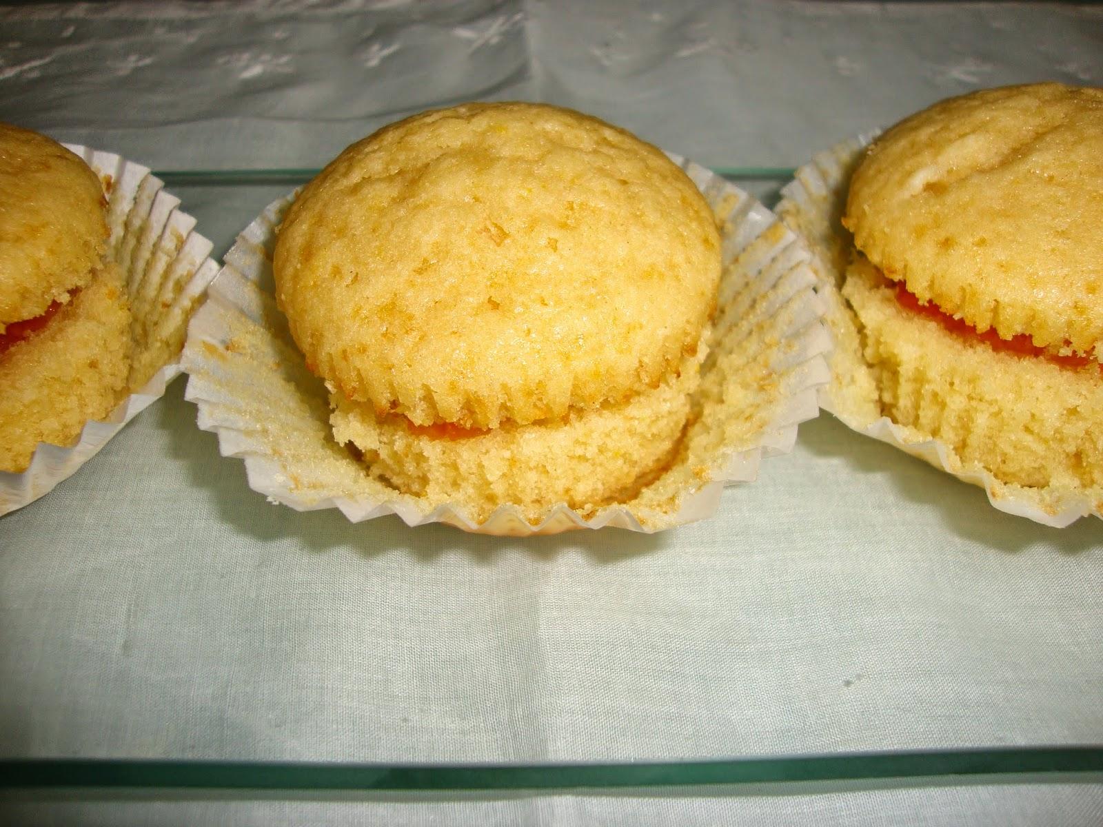 Cupcakes de naranja rellenos de mermelada