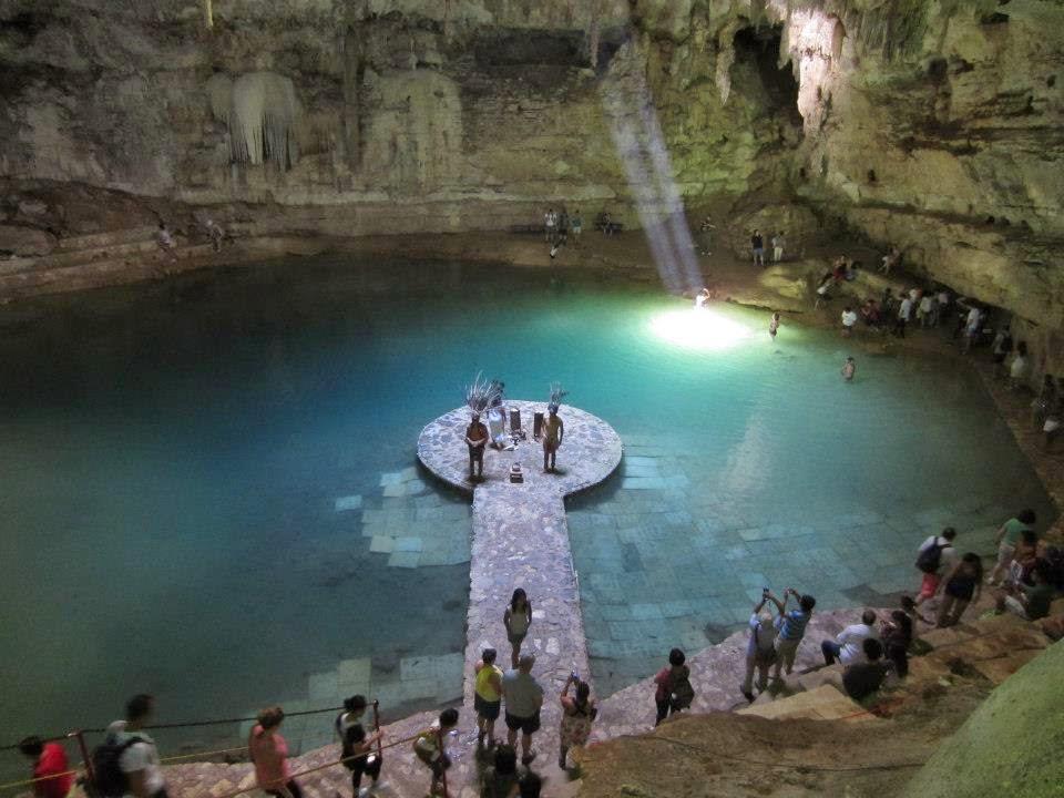 Dan and marcela cancun day 3 chichen itza tour aka Chichen itza mexico natural swimming pool