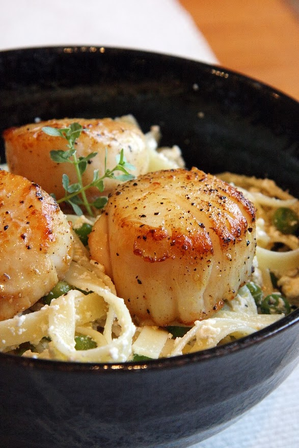 Lemon-Ricotta Pasta with Peas and Seared Scallops