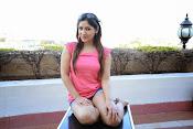 Prabhajeet Kaur Glamorous Photo shoot-thumbnail-12