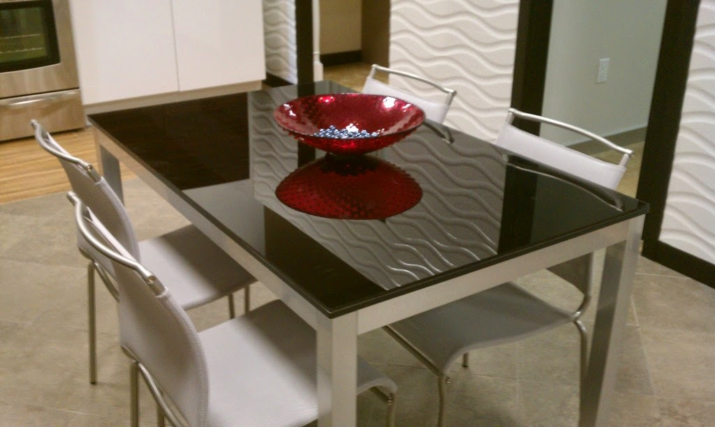 Bon The Heavier And Taller The Furniture Item Is, The Thicker The Glass Table  Top Should Ideally Be.