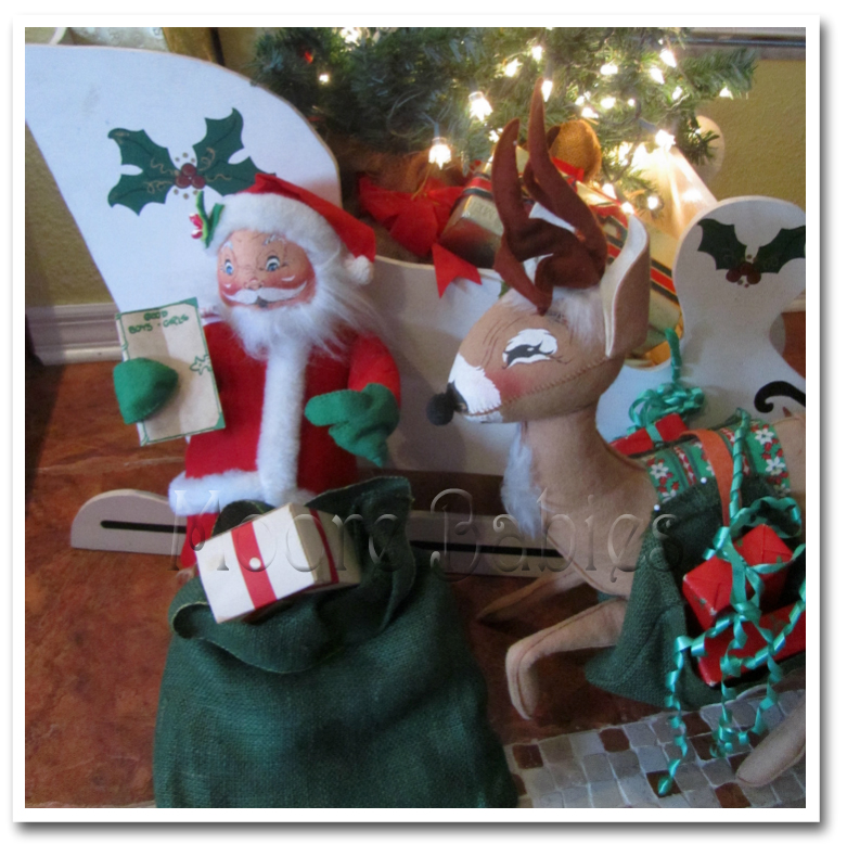 how cute is that what a great way to welcome friends and family into our home during the holidays look at the detail on the sleigh yeah mom is crafty - Annalee Christmas Decorations