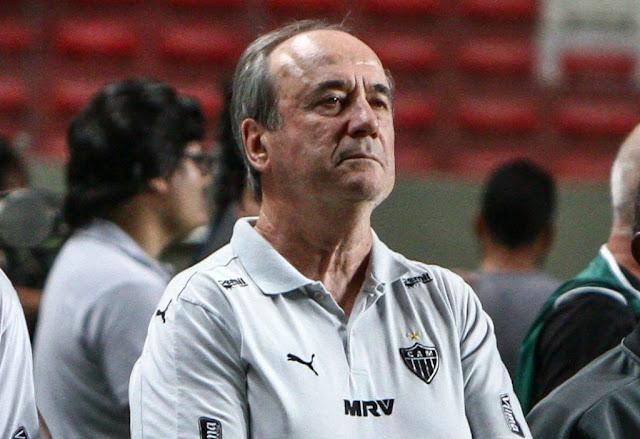Levir vê nervosismo da equipe como fruto da pressão por bons resultados (Foto: Bruno Cantini/Atlético-MG)
