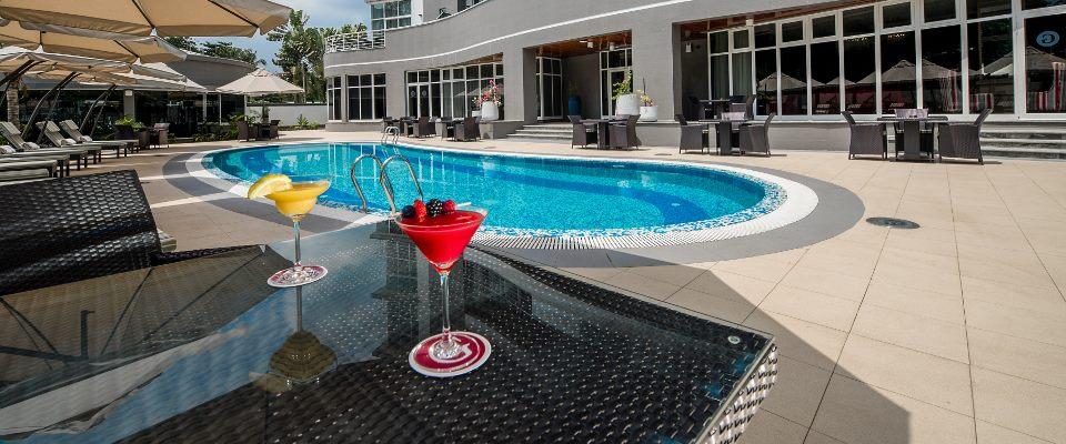 The George Ikoyi swimming pool