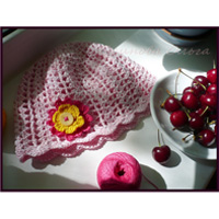 Различные виды рукоделия: шитье, вязание, кулинария, валяние, канзаши, творчество с детьми и другое.