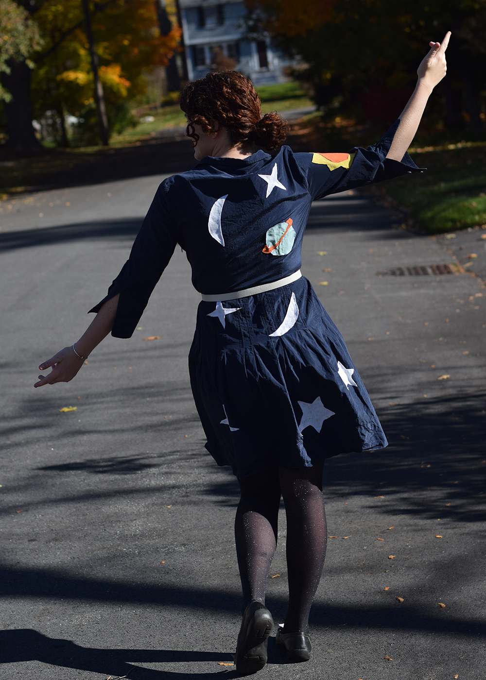 DIY / Miss Frizzle | Pennies & Paper Blog