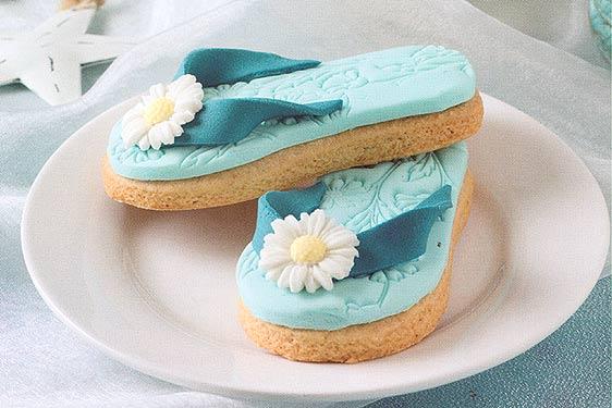 Gatita con tacones decorar pasteles lindy smith for Como decorar una torta facil y economica