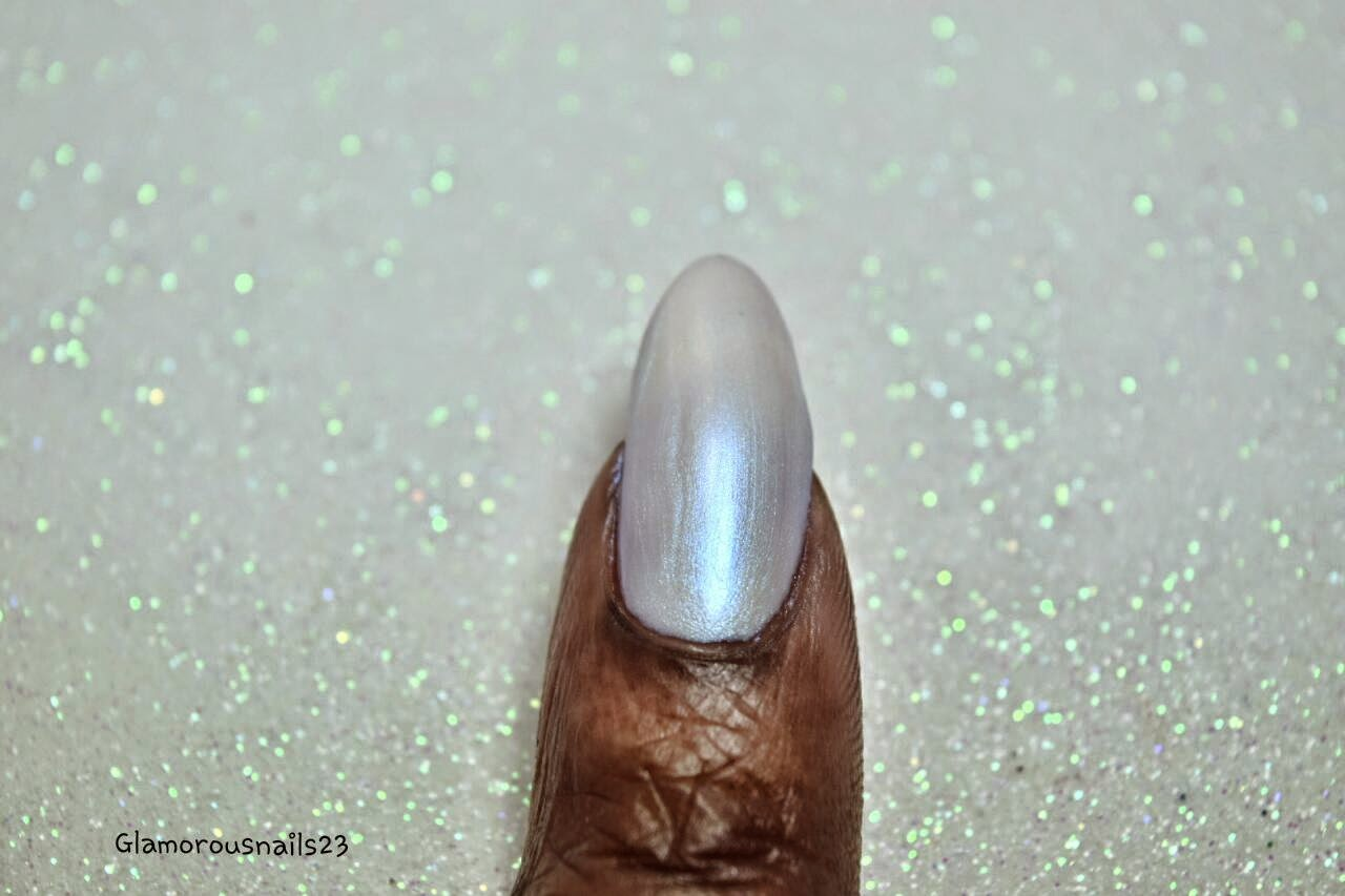 Limited Edition Mother Of Pearl Swatch; Daily Hues Nail Lacquer