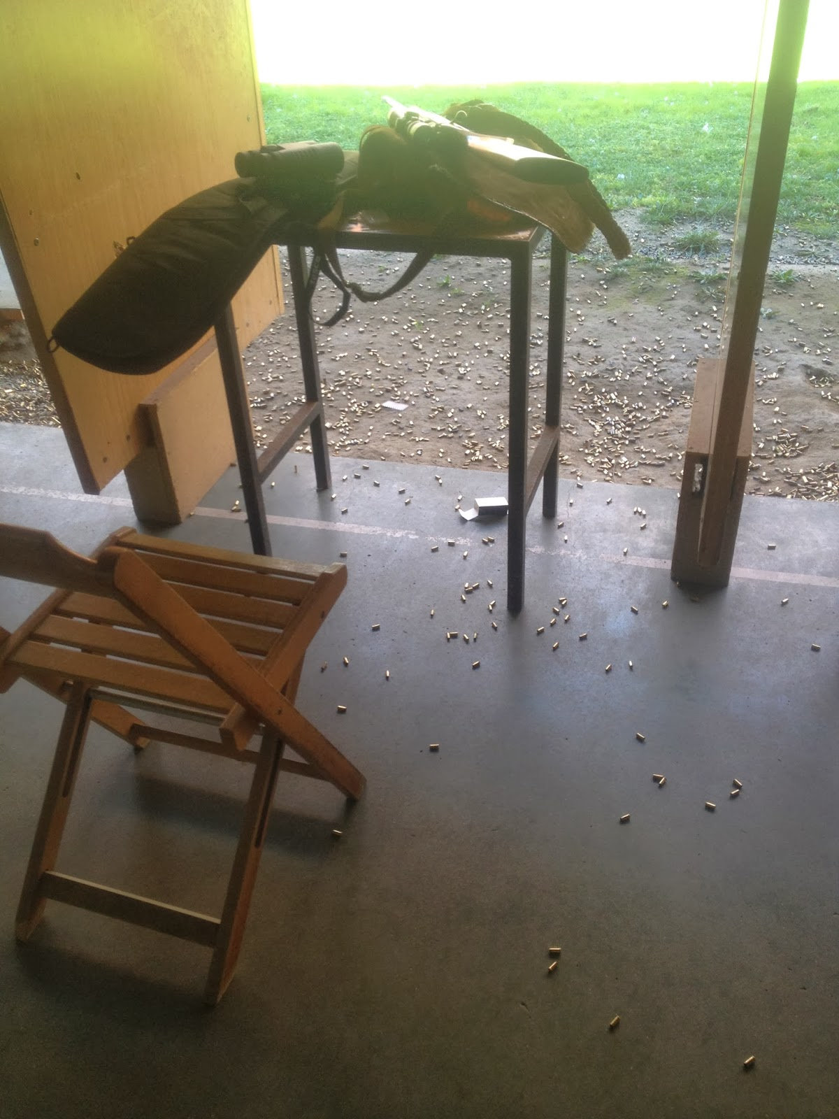 Loco por las armas campo de tiro federaci n madrile a for Campo de tiro las mesas