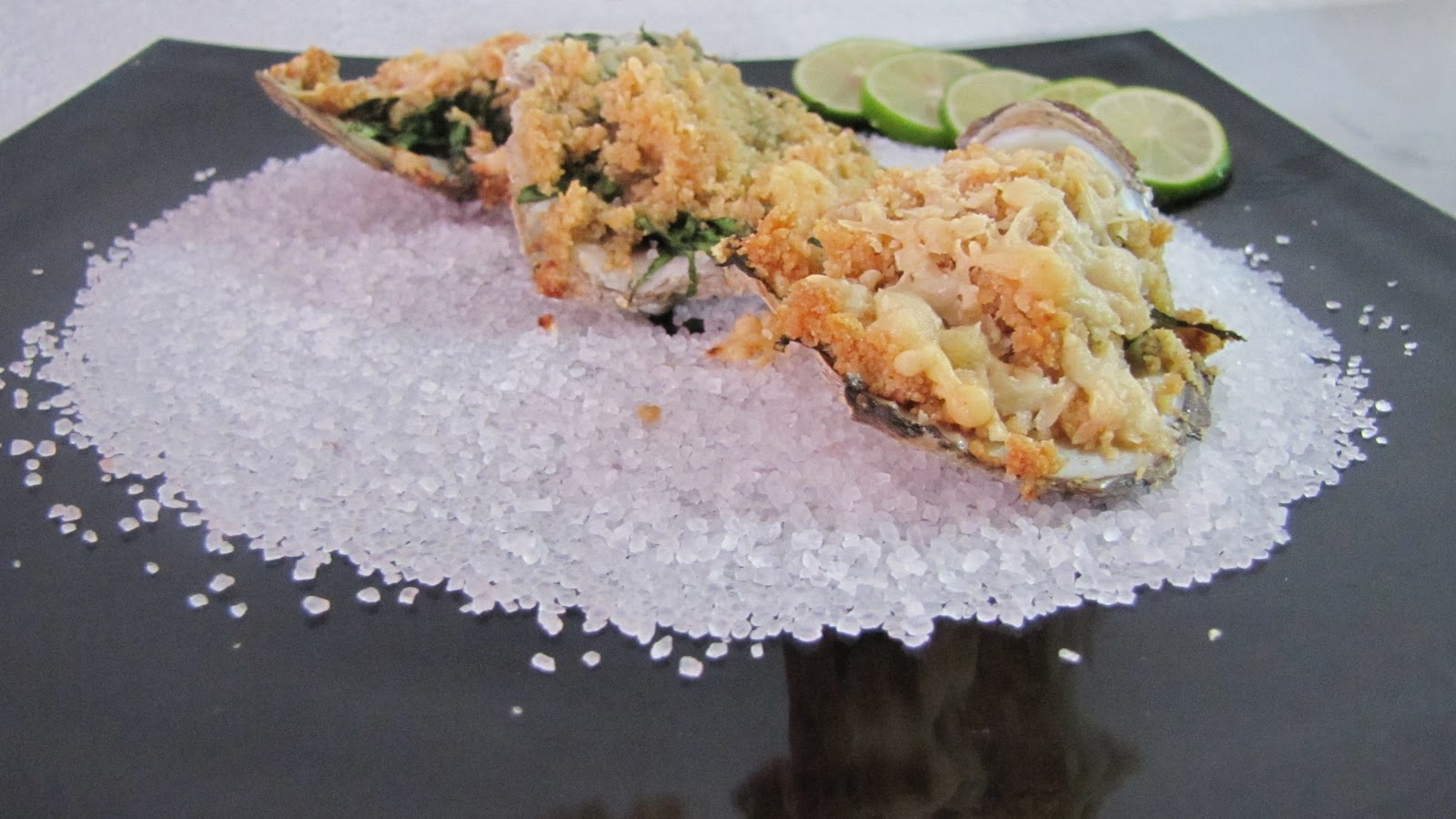 La dicha de cocinar ostras rockefeller for Cocinar ostras