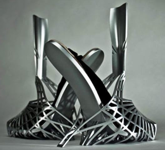 Sepatu Paling Unik dan Aneh - Sepatu Heavy Metal