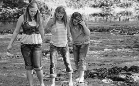 4 Ciri-Ciri Dia Bukan Sahabat Sejati Anda