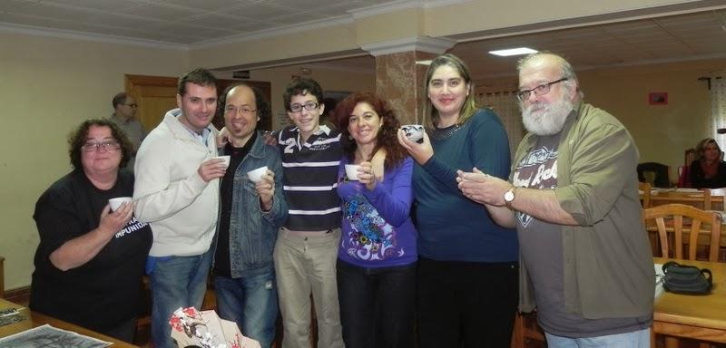 Llanos, Antoka, Juan Carlos, Víctor, Toñi, Paula y Elías