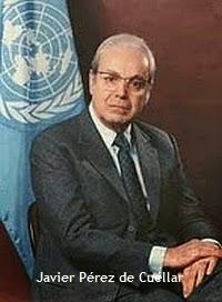 Javier Perez de Cuellar, então Secretário Geral das Nações Unidas.