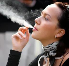 Merokok dan Membuang Sisa Rokok Sembarangan Didenda Rp.15 Ribu