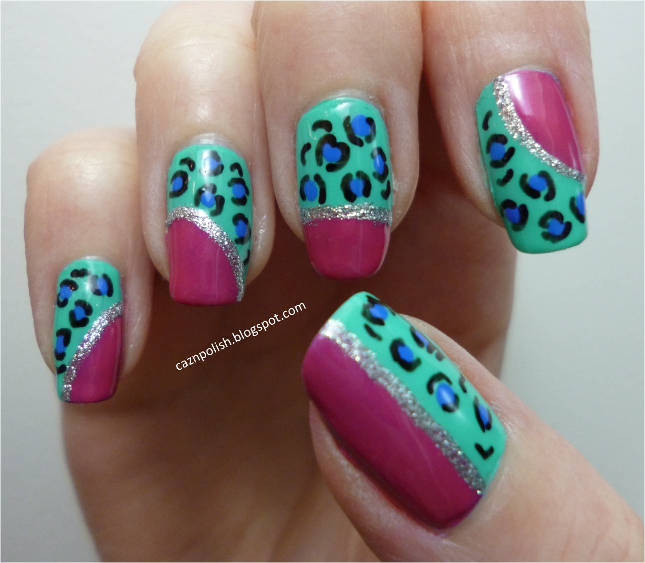 caz 'n' polish | quirky leopard print nails