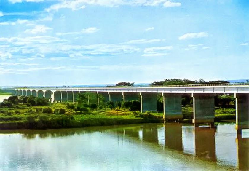 Ponte Divisa de Estado.