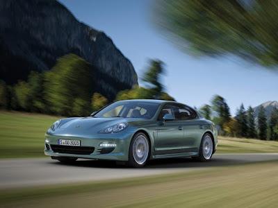 New-Porsche-Panamera-Diesel-2012-Turing