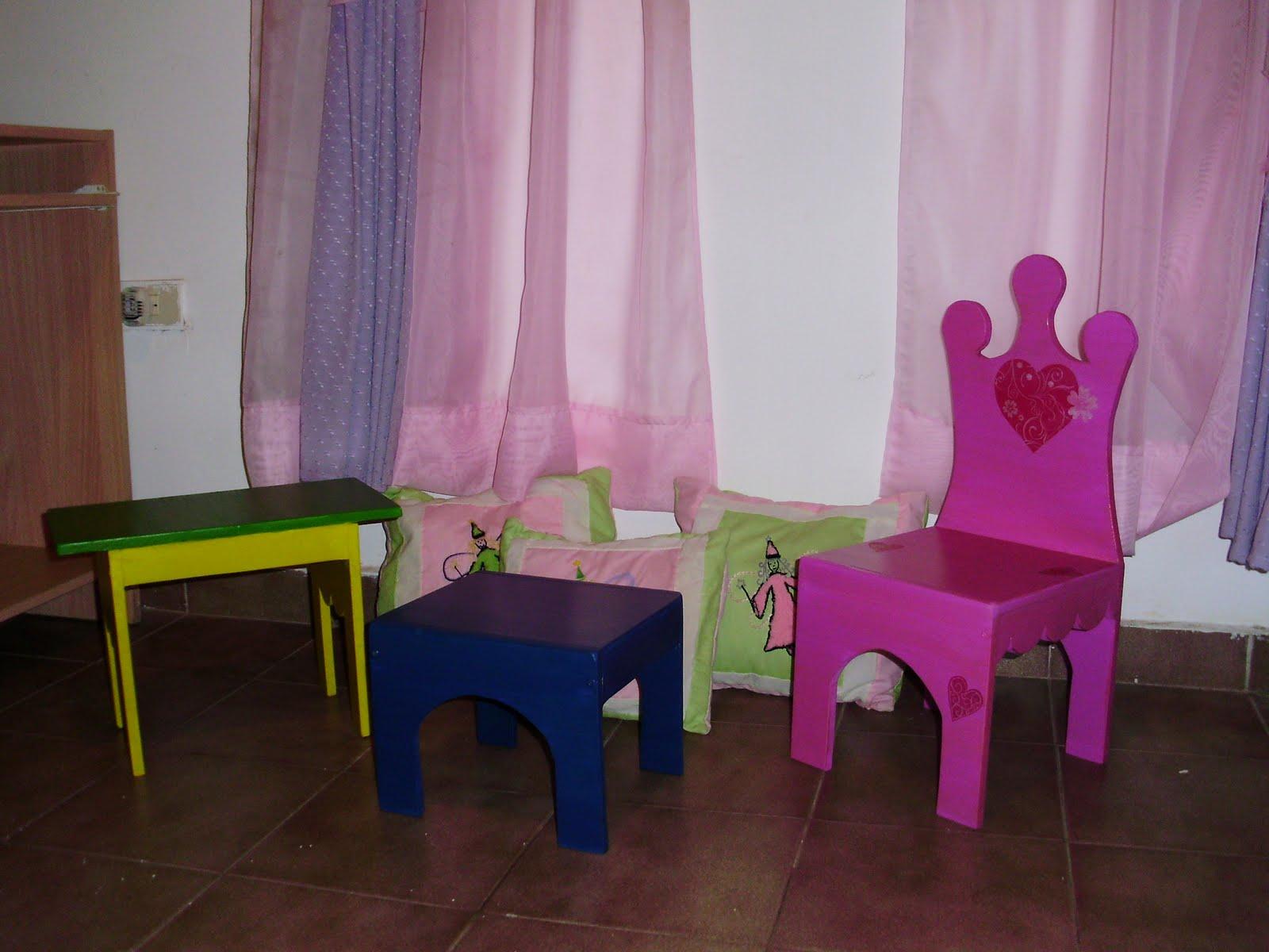 Maderar desing sillas para ni os for Sillas para 2 ninos diferente edad