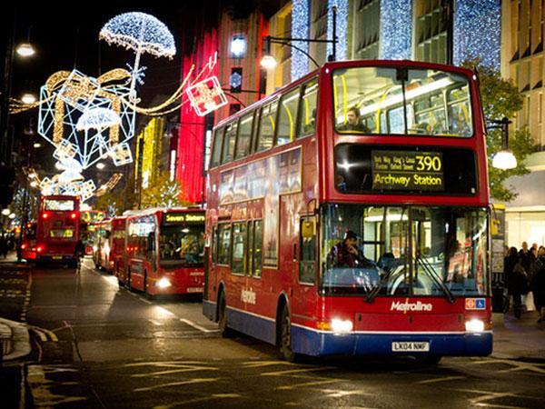 В лондоне любовная история и скандал