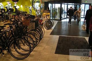 Fahrradhändler im Fiksetorvet Einkaufszentrum, Kopenhagen