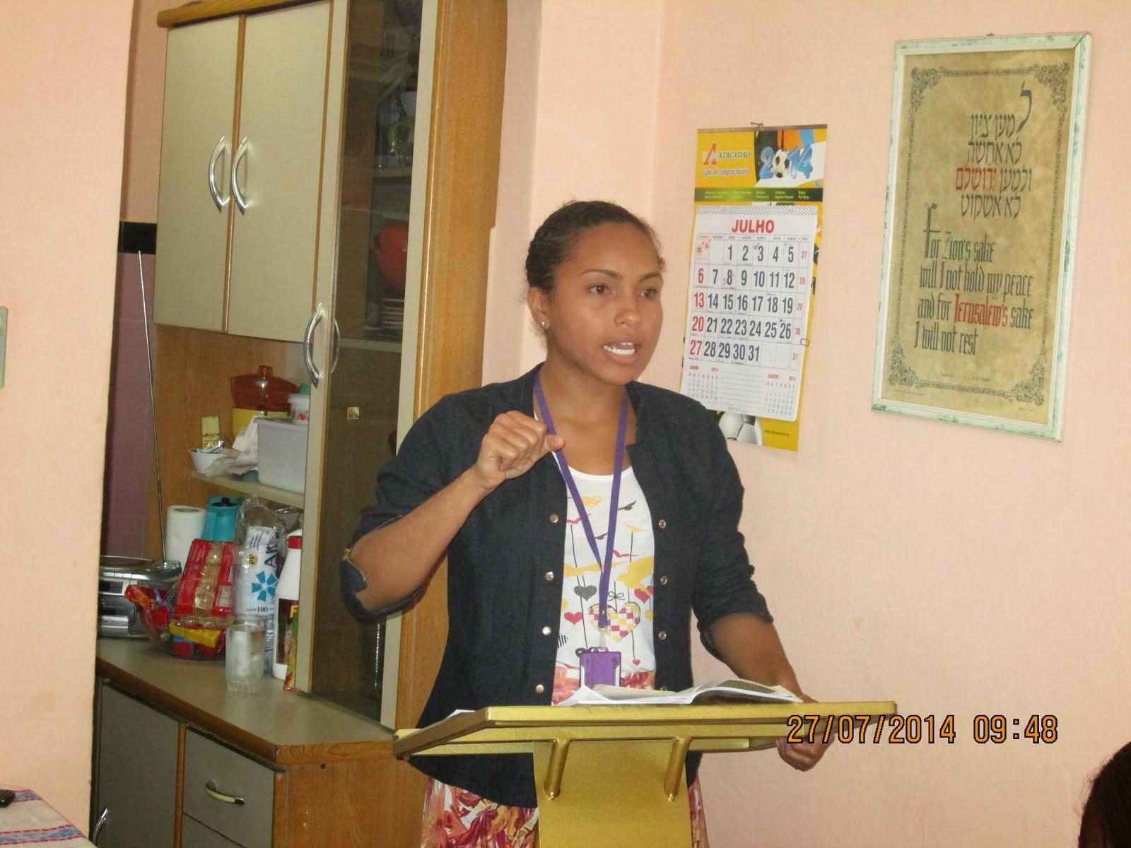 PROFESSORA GLÁUCIA REIS