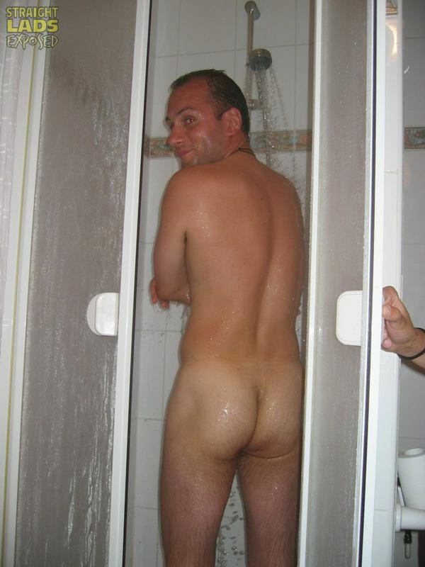 nude men shower