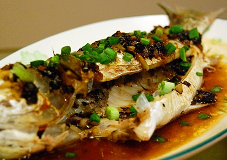 Frugal fitness healthy recipe steamed chinese fish for Healthy sauces for fish