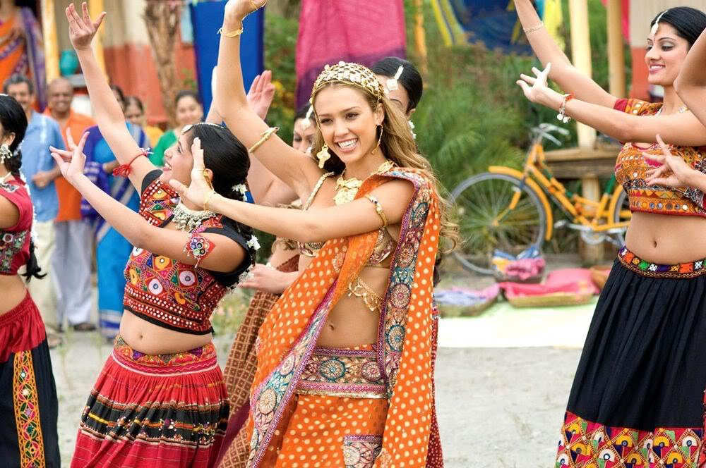 Jessica Alba on Dancing Shoot of theloveguru-2