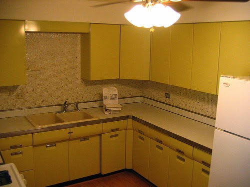 Simple Kitchen Cabinet